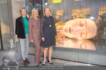Swarovski Kunstinstallation - Swarovski Store Wien - Mo 08.04.2019 - Sabine HAAG, Carla RUMLER, Karola KRAUS44