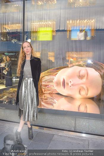 Swarovski Kunstinstallation - Swarovski Store Wien - Mo 08.04.2019 - Iris VAN HERPEN46