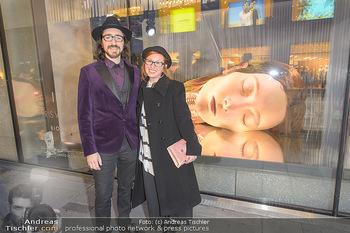 Swarovski Kunstinstallation - Swarovski Store Wien - Mo 08.04.2019 - Valter Adam CASOTTO mit Freund Martina SANDONA60