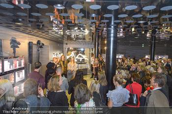 Swarovski Kunstinstallation - Swarovski Store Wien - Mo 08.04.2019 - 84