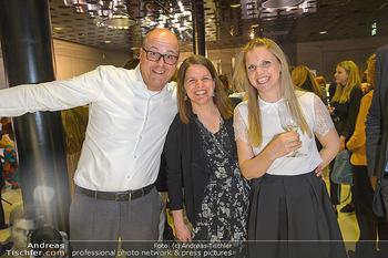 Swarovski Kunstinstallation - Swarovski Store Wien - Mo 08.04.2019 - 90