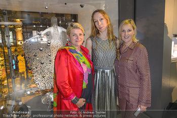 Swarovski Kunstinstallation - Swarovski Store Wien - Mo 08.04.2019 - Marlies MUHR, Iris VAN HERPEN, Carla RUMLER98