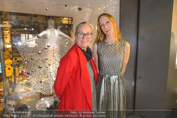 Swarovski Kunstinstallation - Swarovski Store Wien - Mo 08.04.2019 - Agnes HUSSLEIN, Iris VAN HERPEN101