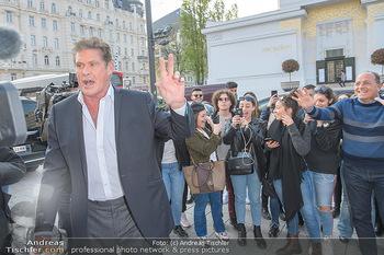 David Hasselhoff für Admiral PK - Novomatic Forum, Wien - Di 09.04.2019 - David HASSELHOFF begrüßt Fans, Touristen18