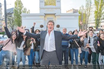 David Hasselhoff für Admiral PK - Novomatic Forum, Wien - Di 09.04.2019 - David HASSELHOFF mit Fans, Touristen21