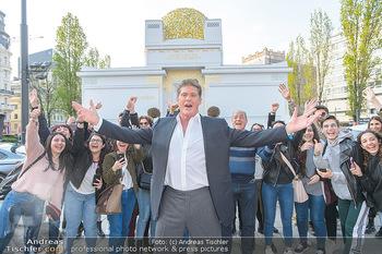 David Hasselhoff für Admiral PK - Novomatic Forum, Wien - Di 09.04.2019 - David HASSELHOFF mit Fans, Touristen22