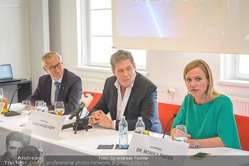 David Hasselhoff für Admiral PK - Novomatic Forum, Wien - Di 09.04.2019 - David HASSELHOFF, Paul KOZELSKY, Monika RACEK bei der Pressekonf38