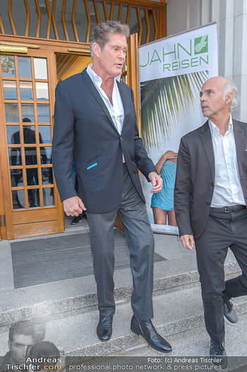 David Hasselhoff für Admiral PK - Novomatic Forum, Wien - Di 09.04.2019 - David HASSELHOFF, Rudi KOBZA104