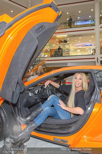 Sportwagenwoche VIP Abend - Lugner City - Mi 10.04.2019 - Yvonne RUEFF5
