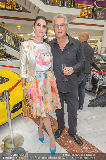 Sportwagenwoche VIP Abend - Lugner City - Mi 10.04.2019 - Agnes GOEBEL, Hardy KUTSCHAN10