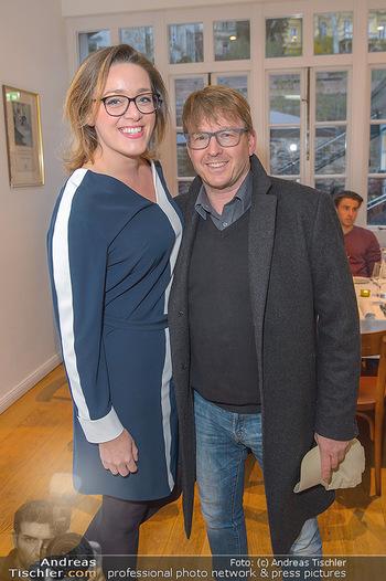 Spargelsaison Opening - Pichlmaiers zum Herkner - Do 11.04.2019 - Serge FALCK mit Susanna11