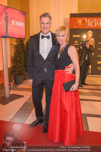 Romy Gala - Red Carpet - Hofburg Wien - Sa 13.04.2019 - Thomas RAAB, Simone HEHER11
