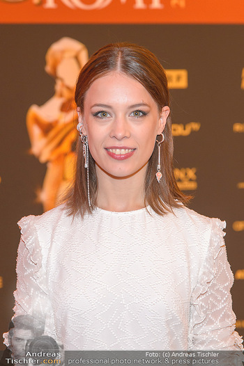 Romy Gala - Red Carpet - Hofburg Wien - Sa 13.04.2019 - Paula BEER (Portrait)14