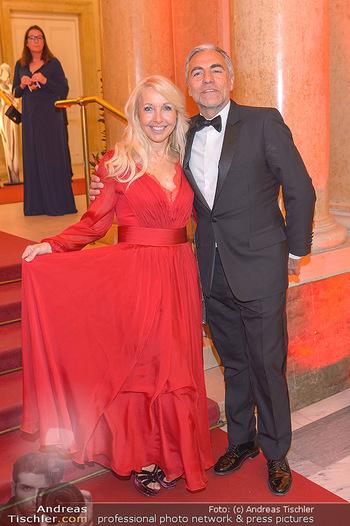 Romy Gala - Red Carpet - Hofburg Wien - Sa 13.04.2019 - Christian und Uschi PÖTTLER-FELLNER19