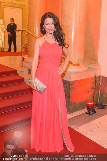Romy Gala - Red Carpet - Hofburg Wien - Sa 13.04.2019 - Pia BARESCH20