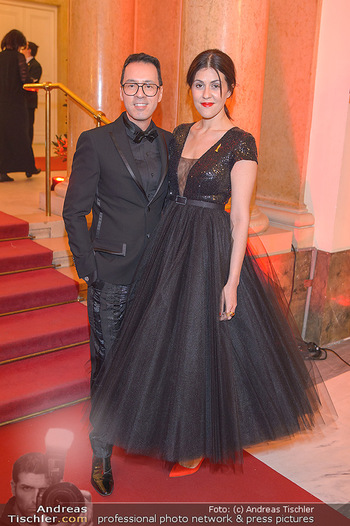 Romy Gala - Red Carpet - Hofburg Wien - Sa 13.04.2019 - Daniela GOLPASHIN, Thang DE HOO31