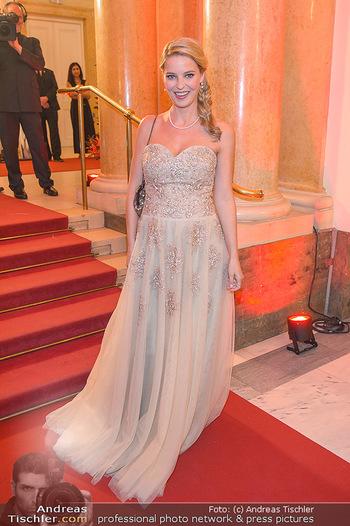 Romy Gala - Red Carpet - Hofburg Wien - Sa 13.04.2019 - Christine REILER (schwanger)56