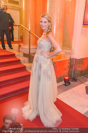 Romy Gala - Red Carpet - Hofburg Wien - Sa 13.04.2019 - Christine REILER (schwanger)60