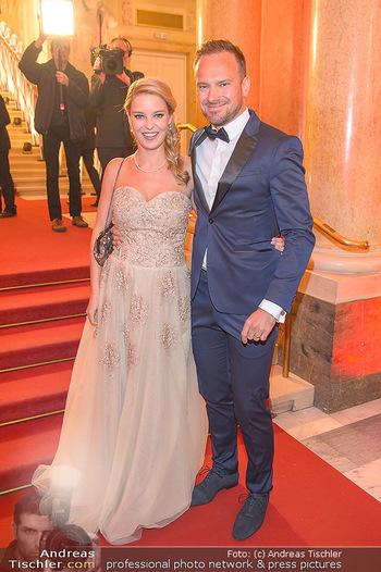 Romy Gala - Red Carpet - Hofburg Wien - Sa 13.04.2019 - Christine REILER (schwanger), Markus FLASCH62