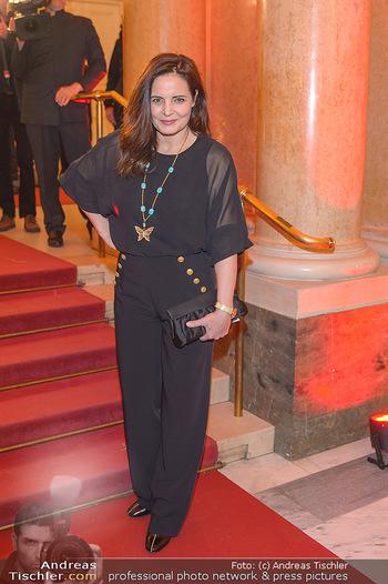 Romy Gala - Red Carpet - Hofburg Wien - Sa 13.04.2019 - Elisabeth LANZ94