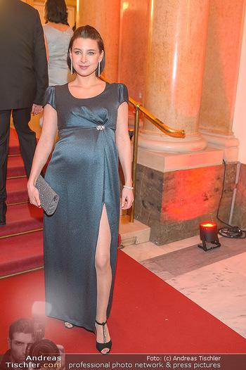 Romy Gala - Red Carpet - Hofburg Wien - Sa 13.04.2019 - Martina EBM (schwanger)98