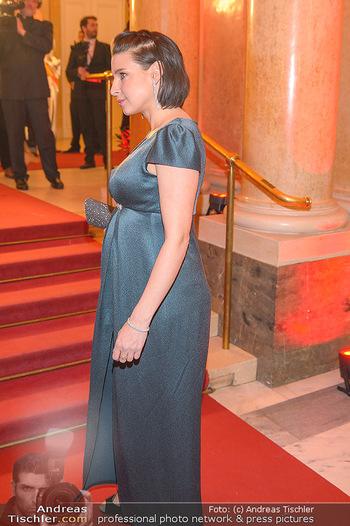 Romy Gala - Red Carpet - Hofburg Wien - Sa 13.04.2019 - Martina EBM (schwanger)101