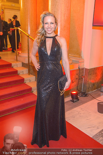 Romy Gala - Red Carpet - Hofburg Wien - Sa 13.04.2019 - Nina PROLL107