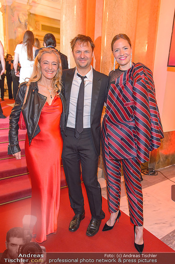 Romy Gala - Red Carpet - Hofburg Wien - Sa 13.04.2019 - Kathrin ZECHNER, Philipp HOCHMAIR, Patricia AULITZKY120