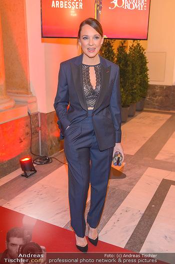 Romy Gala - Red Carpet - Hofburg Wien - Sa 13.04.2019 - Carolin KEBEKUS126
