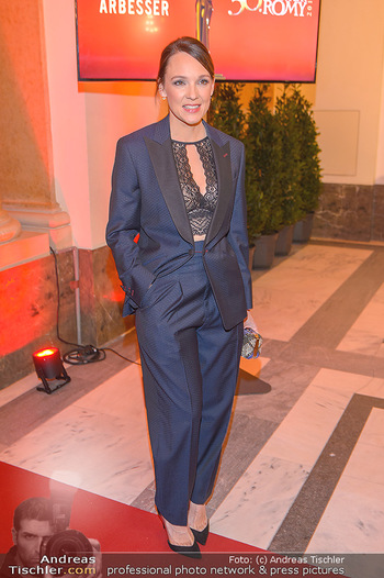 Romy Gala - Red Carpet - Hofburg Wien - Sa 13.04.2019 - Carolin KEBEKUS127