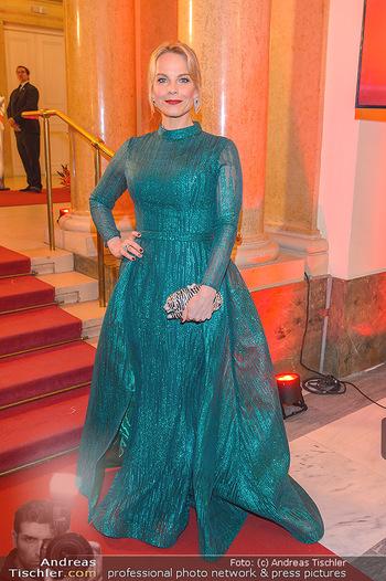 Romy Gala - Red Carpet - Hofburg Wien - Sa 13.04.2019 - Elina GARANCA135