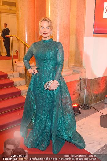 Romy Gala - Red Carpet - Hofburg Wien - Sa 13.04.2019 - Elina GARANCA136