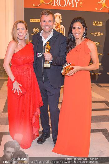Romy Gala - Red Carpet - Hofburg Wien - Sa 13.04.2019 - Markus BREITENECKER mit Jenny ROSE, Johanna SETZER141