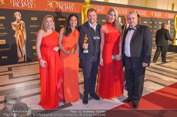 Romy Gala - Red Carpet - Hofburg Wien - Sa 13.04.2019 - Markus BREITENECKER mit Moderatorenteam148