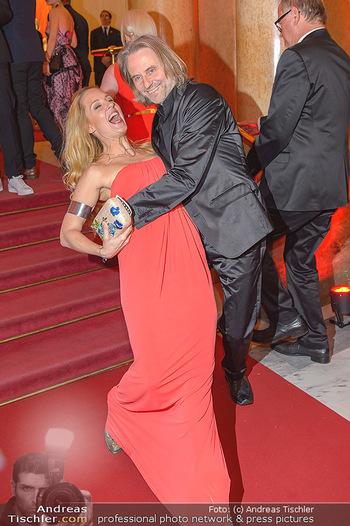 Romy Gala - Red Carpet - Hofburg Wien - Sa 13.04.2019 - Lilian KLEBOW, Erich ALTENKOPF149