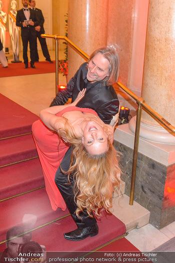 Romy Gala - Red Carpet - Hofburg Wien - Sa 13.04.2019 - Lilian KLEBOW, Erich ALTENKOPF153