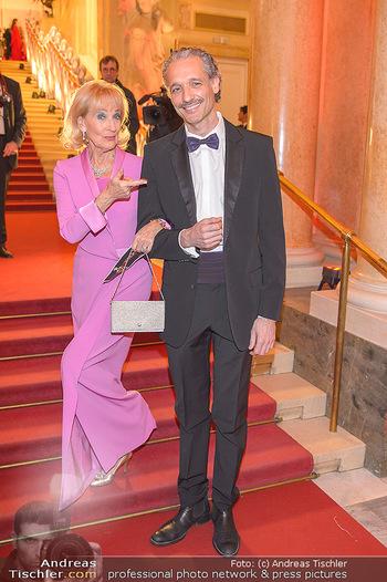 Romy Gala - Red Carpet - Hofburg Wien - Sa 13.04.2019 - Dagmar KOLLER, Thomas WEISSENGRUBER209