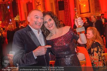 Romy Gala - Party - Hofburg Wien - Sa 13.04.2019 - Rudi JOHN, Proschat MADANI56
