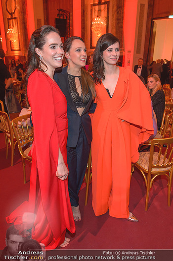 Romy Gala - Party - Hofburg Wien - Sa 13.04.2019 - Verena ALTENBERGER, Nora TSCHIRNER, Carolin KEBEKUS86