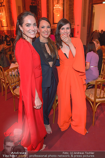 Romy Gala - Party - Hofburg Wien - Sa 13.04.2019 - Verena ALTENBERGER, Nora TSCHIRNER, Carolin KEBEKUS87