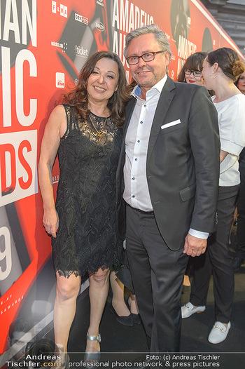 Amadeus Austria Music Awards 2019 - Volkstheater Wien - Do 25.04.2019 - Monika EIGENSPERGER, Alexander WRABETZ96