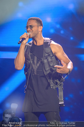 Amadeus Austria Music Awards 2019 - Volkstheater Wien - Do 25.04.2019 - Cesar SAMPSON (Bühnenfoto)133