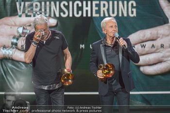 Amadeus Austria Music Awards 2019 - Volkstheater Wien - Do 25.04.2019 - EAV Klaus Eberhartinger, Thomas Spitzer mit Award fürs Lebenswe301