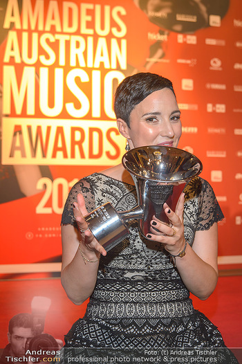 Amadeus Austria Music Awards 2019 - Volkstheater Wien - Do 25.04.2019 - Ina REGEN327