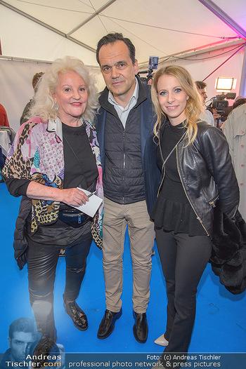Cirque Du Vegas - Zirkuszelt, Wien - Di 30.04.2019 - Marika LICHTER, Robert GLOCK mit Ehefrau Stefanie16