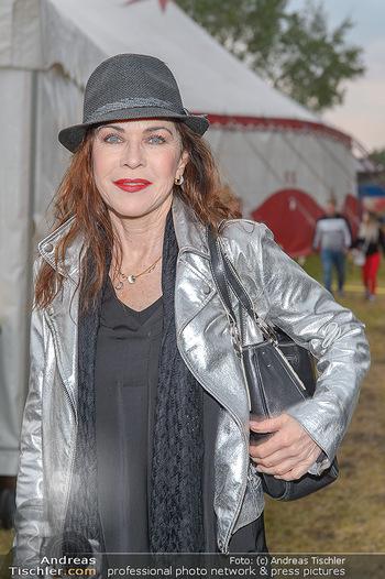 Cirque Du Vegas - Zirkuszelt, Wien - Di 30.04.2019 - Anja KRUSE (Portrait)35