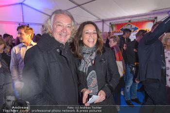 Cirque Du Vegas - Zirkuszelt, Wien - Di 30.04.2019 - Peter HOFBAUER, Vera RUSSWURM52