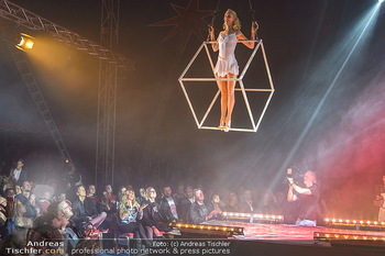 Cirque Du Vegas - Zirkuszelt, Wien - Di 30.04.2019 - Philippa SPEIGHT vor Publikum104