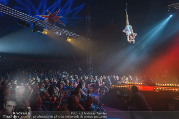 Cirque Du Vegas - Zirkuszelt, Wien - Di 30.04.2019 - Philippa SPEIGHT vor Publikum108