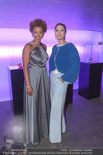 Duftstars Awards - MQ Halle E, Wien - Do 02.05.2019 - Arabella KIESBAUER, Ursula STRAUSS3